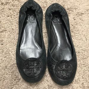 Tory Burch Reva Tumbled leather ballerina flat